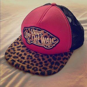 Vans Off The Wall Leopard Hat